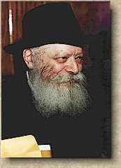 [A picture of the Rebbe]